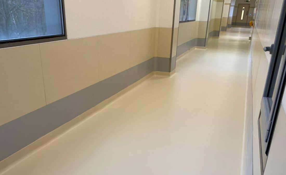 Sistem-Pardoseli epoxidice autonivelante – Ungaria – EMS Floor Group-8