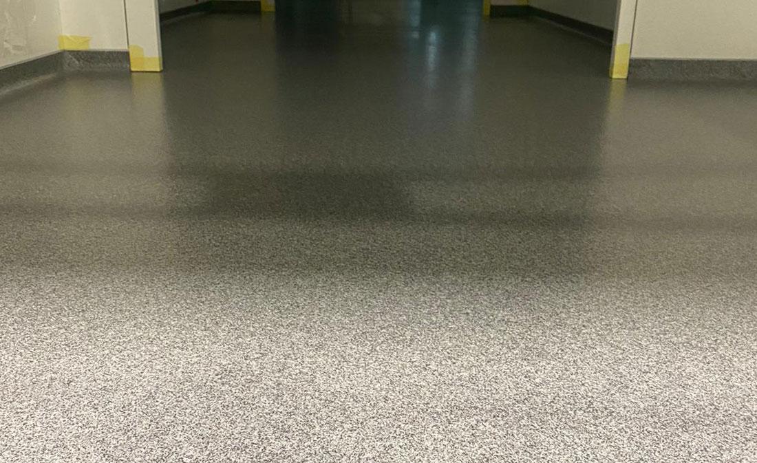 Sistem-Pardoseli epoxidice decorative cu cuarț – EMS Floor Group
