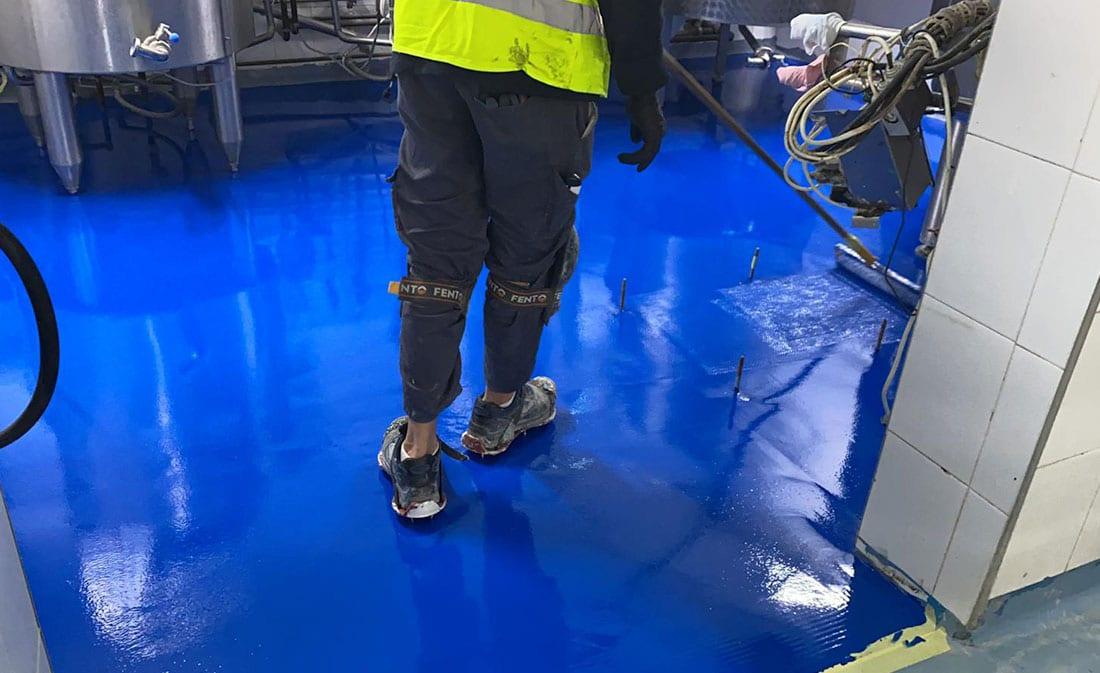 Sistem Pardoseli poliuretanice pe bază de mortare poliuretanice autonivelante – Fabrica de lapte Bonas – EMS Floor Group-9